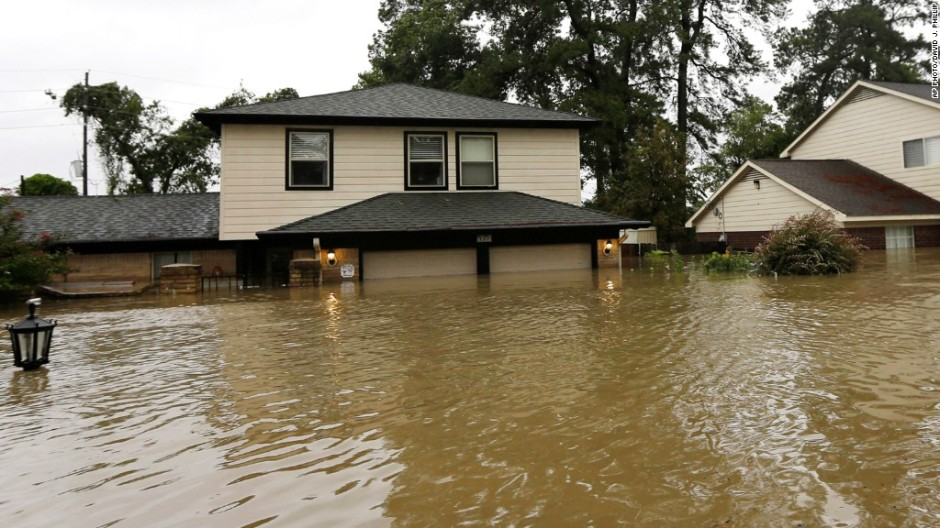 170828145210-hurricane-harvey-flood-insurance-1024x576